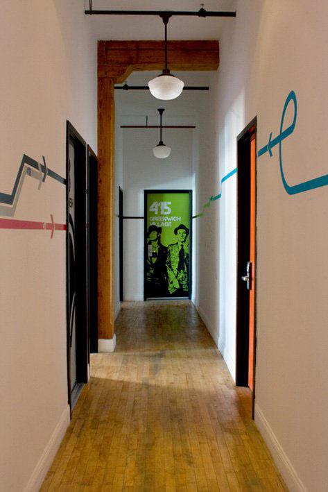 new york loft hostel design