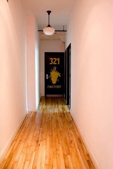 new york loft hostel-federico rozo-signage 12