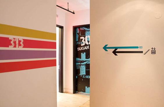 new york loft hostel-federico rozo-signage 5
